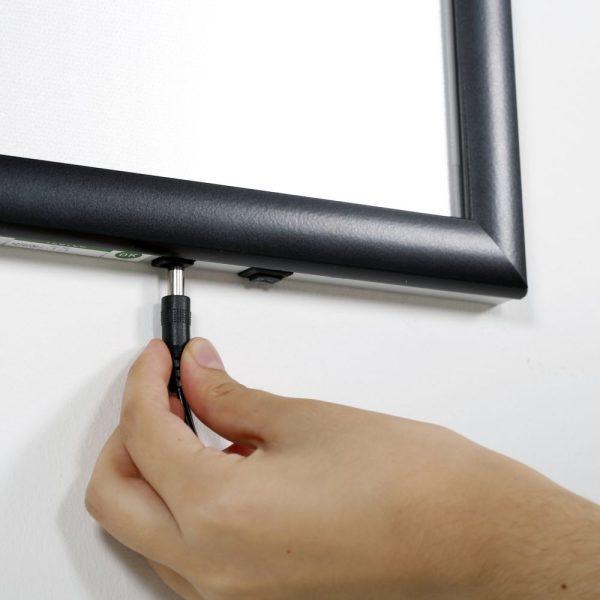 18w-x-24h-smart-poster-led-lightbox-1-black-aluminium-profile (6)