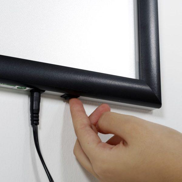 18w-x-24h-smart-poster-led-lightbox-1-black-aluminium-profile (7)