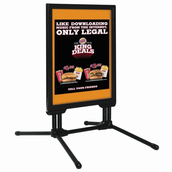 22x28-slide-in-swingpro-black-frame-black-feet-sidewalk-sign (7)