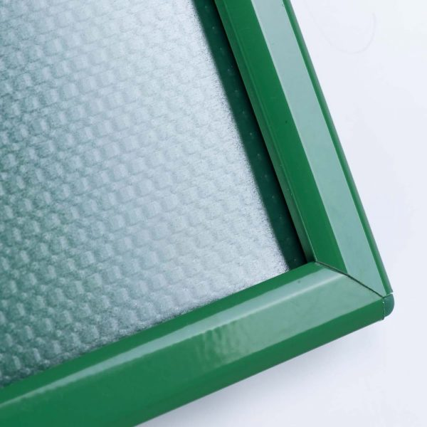 opti-frame-5-x-7-055-green-ral-6029-profile-mitred-corner-with-back-support (4)