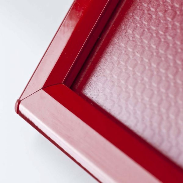 opti-frame-5-x-7-055-red-ral-3020-profile-mitred-corner-with-back-support (2)