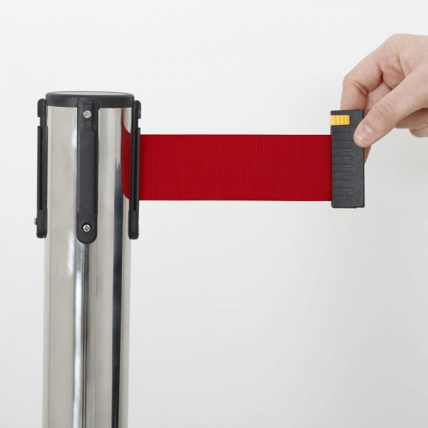 q-belt-chrome-with-118-red-retractable-belt (4)