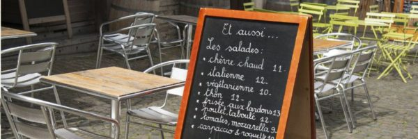 Chalk Art and How to Utilize it For Powerful Restaurant Marketing