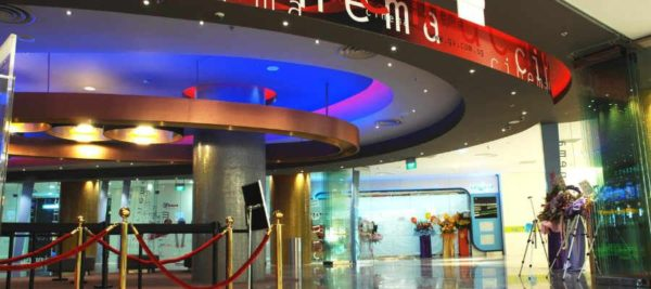 How to Choose The Best Movie Theater Displays