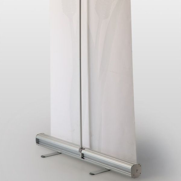 Retractable Roll Up Banner 39-3/8""