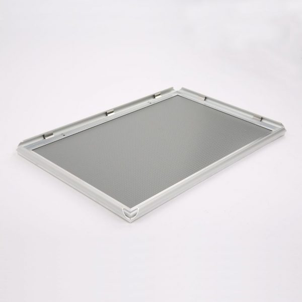 0.59 Snap Frame, mitred, 18x24, silver-1