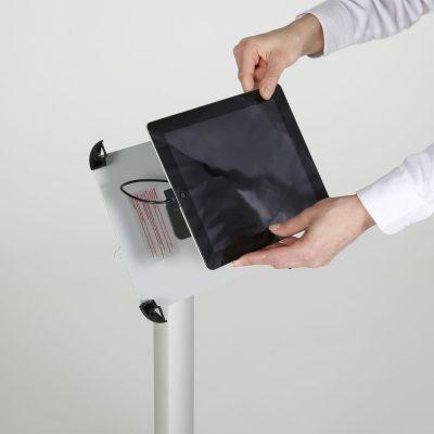 view-angle-adjustable-ipad-kiosk-black (7)