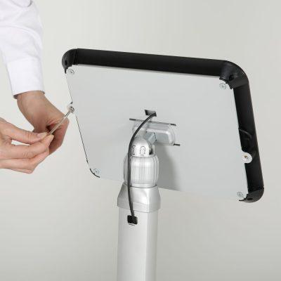 view-angle-adjustable-ipad-kiosk-black (9)