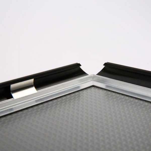 0.59 Snap Frame, mitred, 18x24, black-1