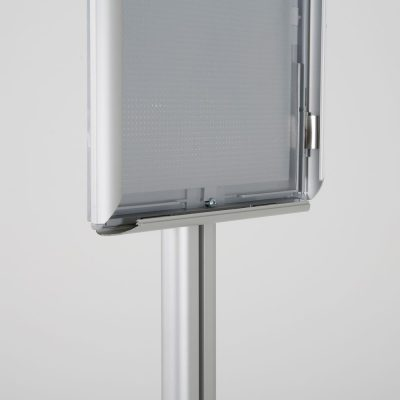 free-standing-stand-in-silver-color-with-1-x-8.5x11-frame-in-portrait-and-landscape-position-single-sided