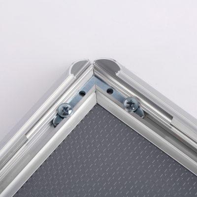 nap-poster-frame-1-inch-silver-profile-mitred-corner1