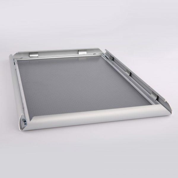 nap-poster-frame-1-inch-silver-profile-mitred-corner2