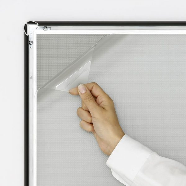 14x22-snap-poster-frame-1-inch-black-profile-mitred-corner (3)