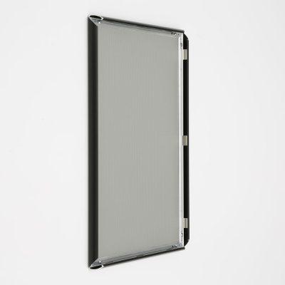 14x22-snap-poster-frame-1-inch-black-profile-mitred-corner (6)