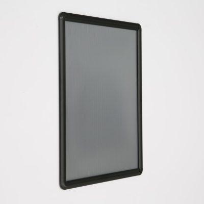 16x20-snap-poster-frame-1-inch-black-profile-round-corner (6)