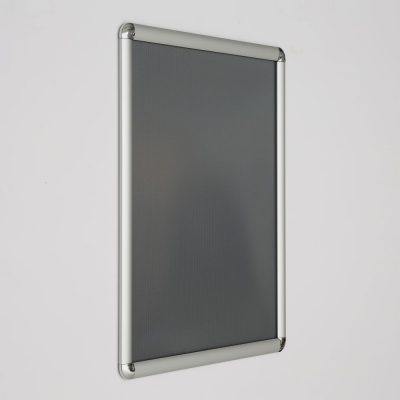 16x20-snap-poster-frame-1-inch-silver-profile-round-corner (4)