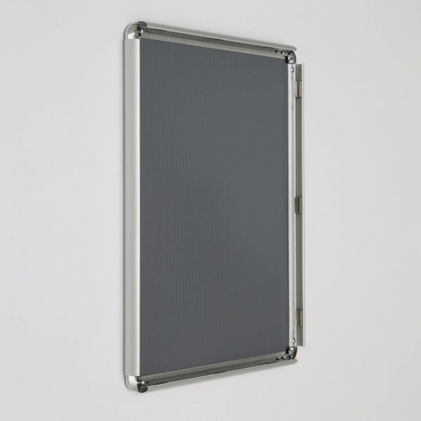 16x20-snap-poster-frame-1-inch-silver-profile-round-corner (5)