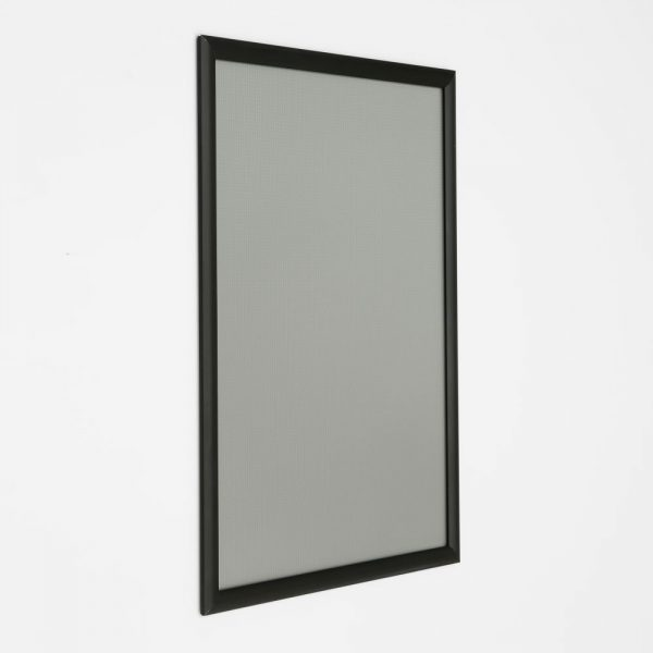 18x24-snap-poster-frame-1-inch-black-profile-mitred-corner (4)
