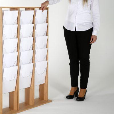40xa4-wood-magazine-rack-natural-standing (1)
