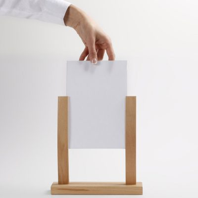 55x85-wooden-menu-holder-natural (8)