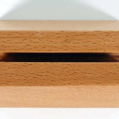 590-desktop-card-holder-pyramid-natural (7)