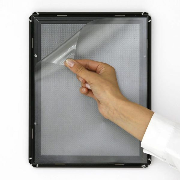 8-5x11-snap-poster-frame-059-inch-black-profile-mitred-corner2