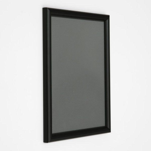 8-5x11-snap-poster-frame-059-inch-black-profile-mitred-corner5