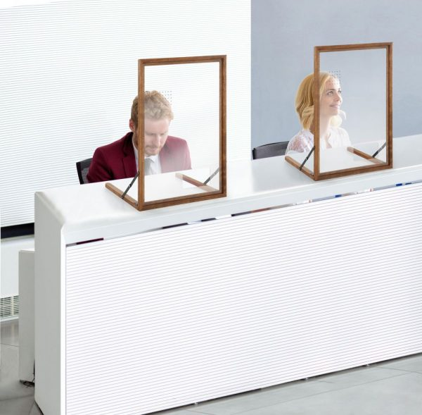 wood-framed-clear-hygiene-seperator-on-counter-a1 (3)