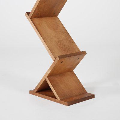 zick-zack-literature-holder-brochure-display-stand-dark-wood-85-11-5-pockets (6)
